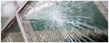 Daventry Smashed Glass